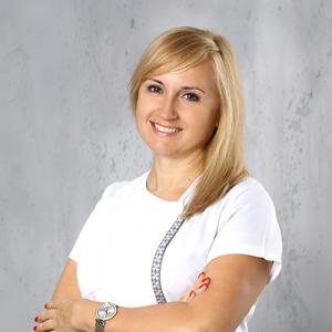 Anna Hotowy